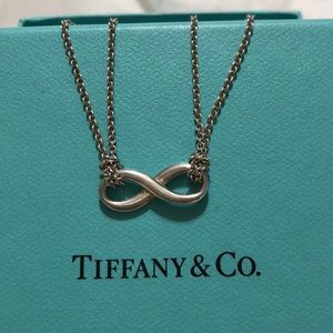 Tiffany 9.25 silver infinity necklace